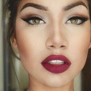 Lash Botox Bomb Po Dn D Vka V Ivy Na Asy Sal Ny Kr Sy